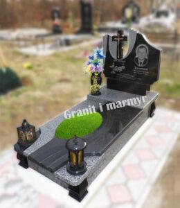гранітний пам'ятник